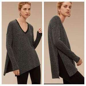 ARITZIA / WILFRED / GREY LONG SLEEVE V NECK TOP